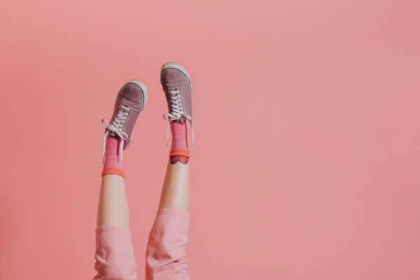 下雨天鞋子潮濕髮黴怎麼辦?6保養法讓鞋子像新的一樣