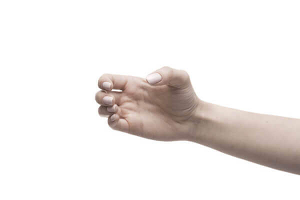 [新聞] 手麻總在用電腦、做家事時出現?緩解可靠這 3 種方式