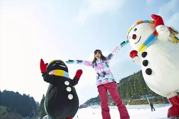 [新聞] 17日開板的中山峠滑雪場,成北海道乃至日本最早開板的天然雪雪場