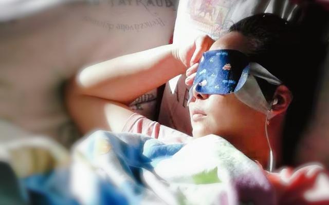 [新聞] 電熱眼罩使用不當會灼傷角膜 專家:熱敷+加濕效果更好
